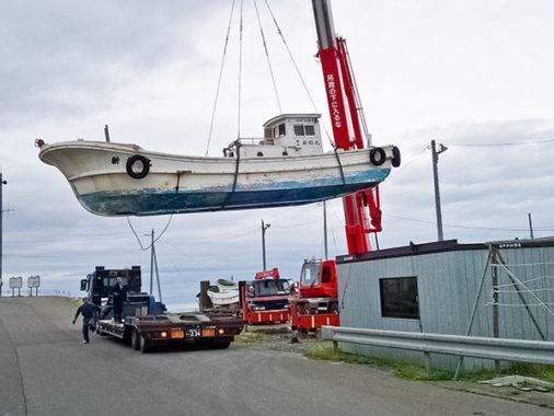 廃船引取り解体作業